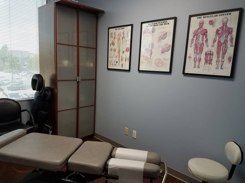 The primary chiropractic room. There is where Drs. Reece and Chase Hayden spend most of their time. (the other treatment room is not pictured)